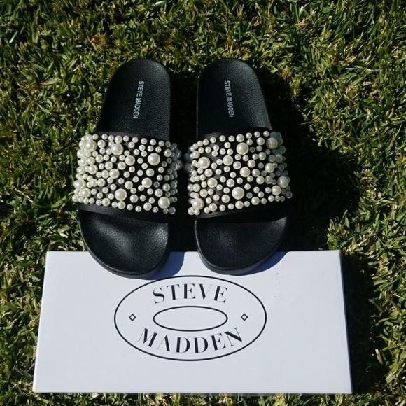 0c64e4a5609 STEVE MADDEN embellished pearl black slide sandal